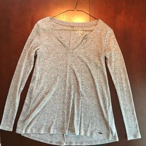 HOLLISTER light sweater